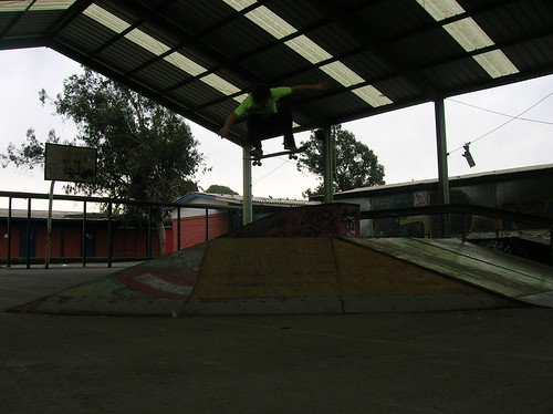 Ollie / Andres Mena