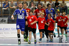 "DKB DHL16 Bergischer HC vs. ThSV Eisenach 09.09.2015 001.jpg • <a style=""font-size:0.8em;"" href=""http://www.flickr.com/photos/64442770@N03/20694066334/"" target=""_blank"">View on Flickr</a>"