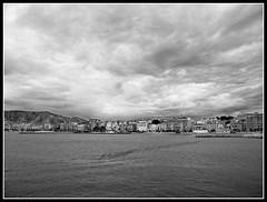 DSCN1619.jpg bn (bettha47) Tags: city sea beach nature beautiful montagne mare view cielo lungomare paesaggio biancoenero citt palazzi nuvoloso nikoncoolpixl100