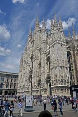Duomo (Amrico Aperta) Tags: italy milan church arquitetura architecture europa europe raw cathedral catedral iglesia kirche eu igreja duomo glise itlia ue milo milancathedral i catedraldemilo panasonicdmcgf1 p1110502 amricoaperta