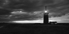 Sturm (meistermacher) Tags: nordsee d200 nikon landscape wangerooge helgoland spiekerooge sunset sonnenuntergang bw meer leuchtturm lighthouse dark cloud wolke salz strand hochsee wind storm nikon2470 2470 nikkor f28 blackwhite blackandwhiteonly seaside shore nature art light clouds sea dirkfietzfotografie aflickrexplorephoto theunforgettablepictures flickr flickraward masterclass flickrsbest flickrbest flickrelite flickrdiamond flickrphotowalk flickrtravelaward 100 100faves blackandwhite schwarz weiss white coastal