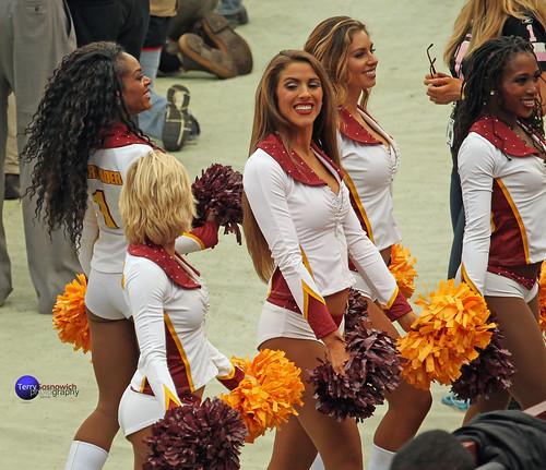 Redskinette Cheerleaders on the sidelines.