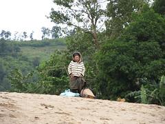 """Deuxième journée de bateau sur le Mékong entre Pakbeng et Luang Prabang <a style=""""margin-left:10px; font-size:0.8em;"""" href=""""http://www.flickr.com/photos/127723101@N04/23864964315/"""" target=""""_blank"""">@flickr</a>"""