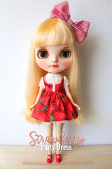 """""""Strawberry Party Dress"""" for Neo Blythe dolls (Chu Things) Tags: blythe neo takara tommy blythedoll doll custom work sewing miniature lace fabric care love chuthings handmade clothes"""