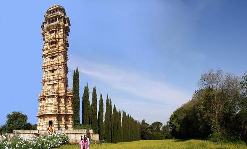 "Torres legendarias / Faros, minaretes, campanarios, rascacielos • <a style=""font-size:0.8em;"" href=""http://www.flickr.com/photos/30735181@N00/32411717191/"" target=""_blank"">View on Flickr</a>"