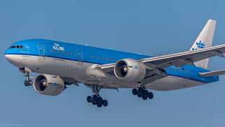 KLM PH-BQG B777-200(ER)