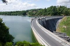 Barrage de Saint-Etienne-Cantalès (Sebmarg) Tags: barrage barragedesaintétiennecantalès cantal vacances vacances2015 saintgérons auvergne france fr