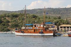 Bd (Benny Hnersen) Tags: holiday boot boat ship greece griechenland schiff ferie skib sivota syvota 2015 augsut bd grkenland