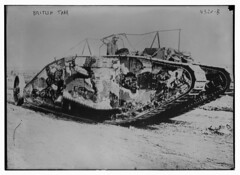 British tank (LOC) (The Library of Congress) Tags: tank wwi worldwari worldwarone libraryofcongress ww1 greatwar thegreatwar xmlns:dc=httppurlorgdcelements11 armoredwarfare armouredwarfare dc:identifier=httphdllocgovlocpnpggbain25225