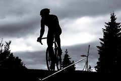 mono (Flowizm) Tags: bike bicycle cycling cyclist bikes cx ciclismo bici velo fahrrad cyclocross cycliste veldrijden cyclisme cicli querfeldein cxmtl cyclocrossmtl cyclocrossurbainmtl