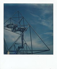 tetraeder_polaroid (jbuildings) Tags: art architecture analog project germany polaroid sx70 geometry architektur instant 70 protection ruhrgebiet impossible sx bottrop polaroidcollection tetraeder ruhrpott px analouge px70 impossibleproject px600 px680 px680cool jbuildings