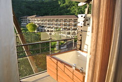 "Balcony Hot Tub • <a style=""font-size:0.8em;"" href=""http://www.flickr.com/photos/99775553@N08/22808177593/"" target=""_blank"">View on Flickr</a>"