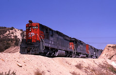 Cajon Cadillac (GRNDMND) Tags: california trains sp summit locomotive railroads southernpacific hiland espee emd sd9 sd40 cajonpass