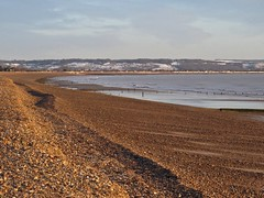 7011 A snow North Downs hillside from Littlestone-on-sea (Andy - Busyyyyyyyyy) Tags: 20170113 bbb brach gravel kent northdowns romneysands sea shingle snow sss water www