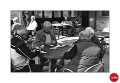 Old and Wise ;/) (schyter) Tags: fed 5 industar 61ld 50mm 135 35mm expired 1994 bw bn epson v600 sovietcamera bianconero monocromo film pellicola scaduta svema fn64 фэд5 индустар61 лд blackwithe fx1 doublebath epsonv600 analogica analogic argentica lodi lodigiano casalpusterlengo circolo arci pensionati carte gioco briscola