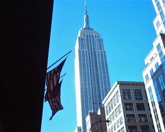 Empire State from E40thSt. (David Woolnough) Tags: empire state building winters morning clear blue sky new york city skyscraper tower architecture manhattan david woolnough fifth avenue america edgecutters