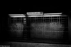 Sortie barrée (alex.bernard) Tags: urban blackandwhite bw canada canon subway graffiti gate cityscape montréal noiretblanc métro urbanart québec grille sortie exit tamron ville bonaventure métrodemontréal urbain arturbain montrealsubway tamron2470 canon5diii stationbonaventure