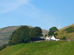 Up the hillside (B4bees .(2m views)) Tags: scotland blog scenery fife brian forbes visiteastscotland