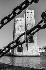 Tour Saint Nicolas - La Rochelle (Seb_17) Tags: white black tower saint la noir tour nicolas et blanc rochelle