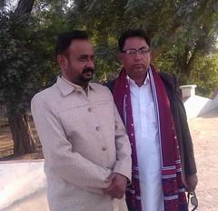 A Sindhi village (GlobalCitizen2011) Tags: tree village orchard villages mango hyderabad mago sind sindh nim neem attire sindhi ajrak sindhivillage sindhimen sindhidress sindhipeople sindhiclothing sindhiclothes mangoesofsindh