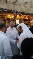 اسماعيل هنية ( القيادي في حركة حماس ) في سوق واقف # الدوحة - دولة قطر (Feras.Qadoura) Tags: اسماعيل هنية إسماعيل هنيه حركة حماس الدوحة دولة قطر