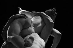 Passione o Violenza? (Ondeia) Tags: arte statua michelangelo passione bianco bn bw bellezza firenze florence tuscany toscana italia italy marmo scultura sculpture