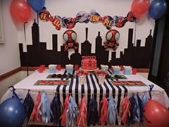 Spiderman para Thiago (Gaiael cupcakes, pastelería de diseño) Tags: cumpleaños cookies tortas cake pops spiderman
