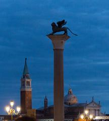 Leão Alado  da Piazza San Marco (Denise Alvarez García) Tags: veneza turistica turismo romantico cidade renascença italiana obras de arte monumentos praças igrejas gondolas
