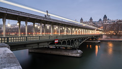 Pont de Bir-Hakeim (McQuaide Photography) Tags: paris france french républiquefrançaise iledefrance europe sony a7rii ilce7rm2 alpha mirrorless 1635mm sonyzeiss zeiss variotessar fullframe mcquaidephotography adobe photoshop lightroom tripod manfrotto light availablelight night nightphotography longexposure city capitalcity urban lowlight outdoor outside architecture building old wideangle wideanglelens historic landmark famous bridge pont pontdebirhakeim birhakeim jeancamilleformigé viaduct viaducdepassy colonnade perspective pov lighttrail 169 widescreen panoramic movie movieset inception christophernolan transport transportation lines diagonal cinema train metro parismetro structure water river seine