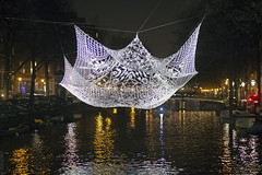 The Lace (Tim Boric) Tags: amsterdam lightfestival herengracht thelace kantenkapje avond nacht night choishine