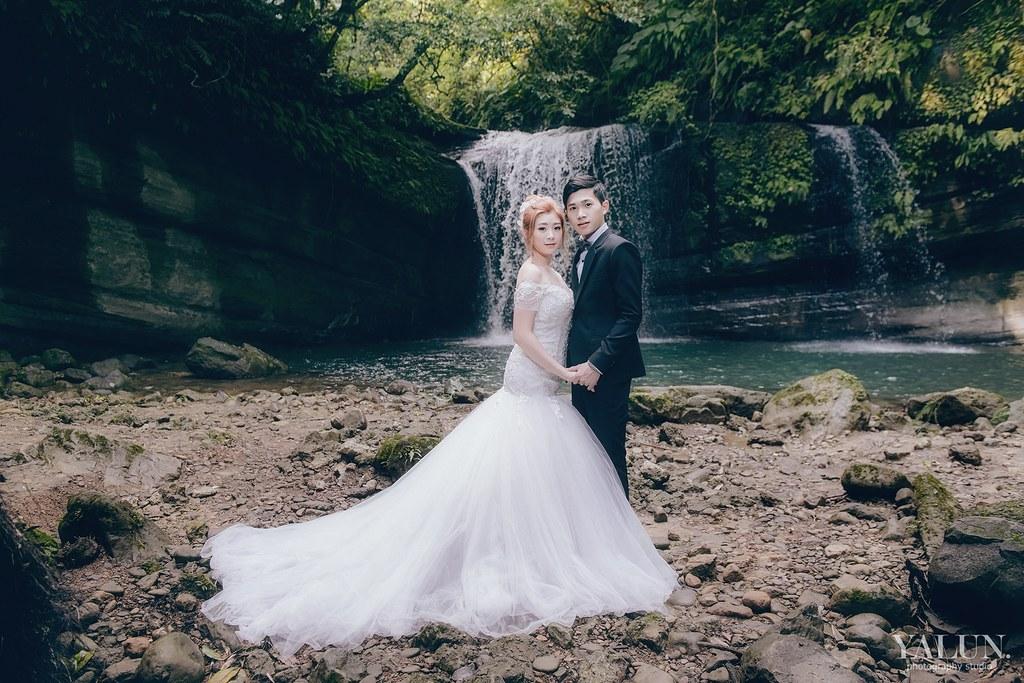 自助婚紗,台北婚紗寫真,台北攝影,亞倫婚禮攝影,Pre-Wedding,Vivi's Studio,菁桐車站,拉芙蕾絲手工婚紗