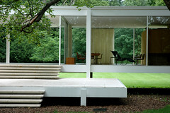 Mies' Farnsworth House