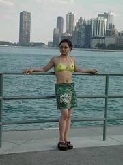 Strike a pose (Pat Rioux) Tags: people chicago beach circus staff artists acrobats cirque cirquedusoleil dralion aroundtheworld northamericantour