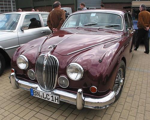 Jaguar MK2 3-8 Automatic