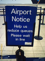 Luton airport queues notice