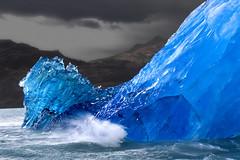Upsala (Ricardo Bevilaqua) Tags: blue ice nature bravo searchthebest quality explore iceberg topv9999 losglaciares ricardobevilaqua topf400 topc150 losglaciaresnationalpark specland gtaggroup goddayw1 9000v360f bratanesque icebergahead