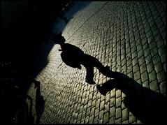 patrick a contraluz (ibarak) Tags: boy people black backlight contraluz children lafotodelasemana noir gente negro chico nio 100club gens garon i500 eligetucolor challengeyouwinner defidefiouiner lfstexturas
