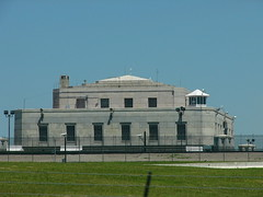 FORT KNOX GOLD DEPOSITORY (JAMES HALLROBINSON) Tags: usa gold kentucky fortknox millitary