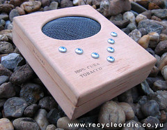 Homebuilt CrackleBox (Fibra) Tags: noise recycling steim michelwaisvisz cracklebox 709 glich fibra krakdoos hmcb