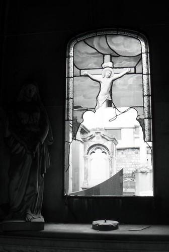 2006-mary-christ-window