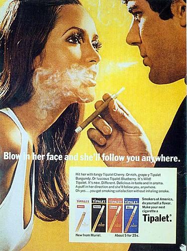 Приколы, картинки: прикольная реклама ароматизированных сигарилл: Вдуй ей в лицо и она последует за тобой куда угодно