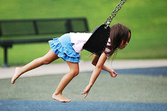 Swinging (fd) Tags: family childhood daughter swing 80200mmf28d