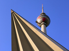 Triangle (svenwerk) Tags: sky building berlin tower architecture germany arquitectura triangle geometry bluesky architektur fernsehturm turm mitte televisiontower geometrie dreieck