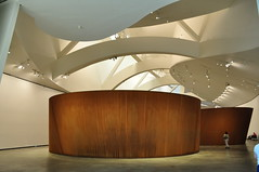 """La materia del Tiempo"", ""Serpiente"", Richard Serra, muse Guggenheim, Bilbao, Biscaye, Pays Basque, Espagne. (byb64) Tags: bilbao bilbo biscaye viscaya bizkaia biscay biscaglia paysbasque euskadi euskalherria paisvasco espagne espana spain spagna spanien europe europa eu ue nervion museguggenheim museoguggenheim guggenheim gehry frankgehry muse museo museum bi architecture arquitectura arquitettura xxe 20th novecento lamateriadeltiempo thematteroftime richardserra serra acier acero aciercorten sculpture escultura"