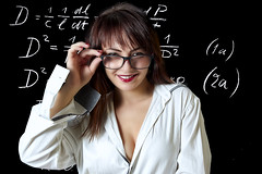 Teacher (Trumfa) Tags: noia girl chica model modelo retrat portrait retrato sexi sexy mestra teacher maestra classe class clase escola school escuela ulleres glasses gafas