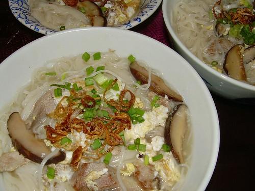 mee suah soup