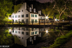 Great Falls Tavern Visitor Center (m_hamad) Tags: park longexposure usa house reflection nature beauty canon reflections md farm greatfalls explore f16 dmv nationalgeographic greatnature naturebeauty supershot 70d ultimateshot dazzlingshot blinkagain instagramapp
