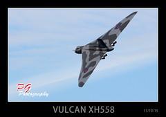 AVRO VULCAN XH558 (paul giles19) Tags: last canon paul photography flight fast vulcan giles bomber airfield avro 70300 wellesbourne xh558