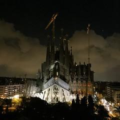 Sagrada Familia (gloria.sanagustin) Tags: nightphotography sky building architecture clouds gaudi sagradafamilia modernismo