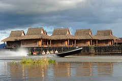 Inle lake, Myanmar   D700 618 (tango-) Tags: burma birman birmania 緬甸 lagoinle بورما мьянма ميانمار မြန်မာ inlelakevillages